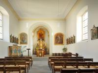 15_Die St. Nikolauskapelle heute - ohne Seitenkanzel - deren Unterbau wurde nach vorne versetzt. Copyright: Gemeinde GerbrunnFotographieGrunert-Held,Veitshöchheim